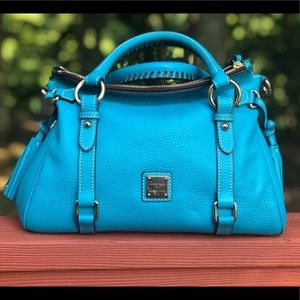 Small pebble grain Satchel in Turquoise